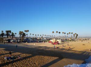 Newport Beach Beaches, Newport Beach Community Nightlife Live music sunsets dinners dive bars, happy hour